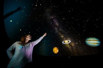 Espectáculo sobre el sol, la tierra, la luna y sus fenómenos